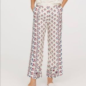 H&M Red and Blue Floral Print Culottes Pants